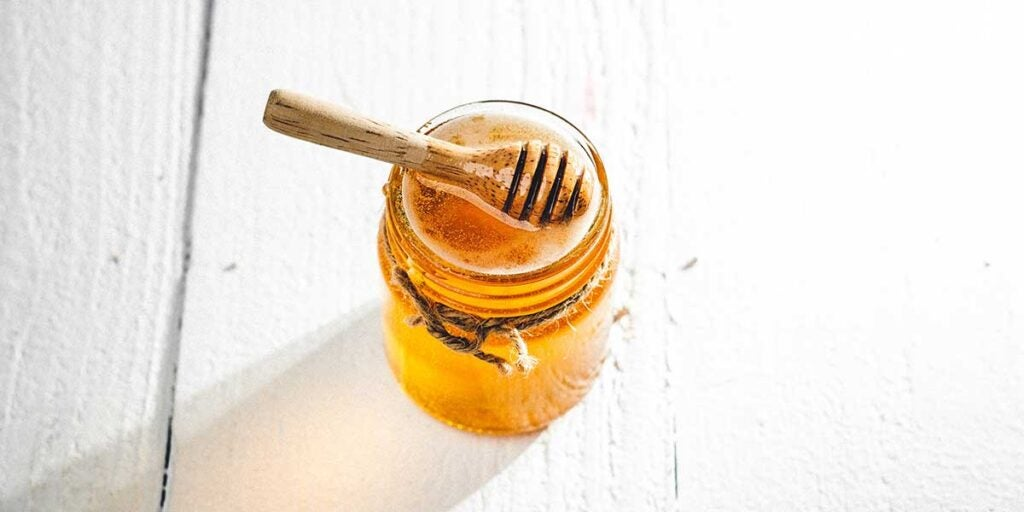 Bee honey, alternative to sugar, light agave, blood sugar, health benefits, native to mexico,