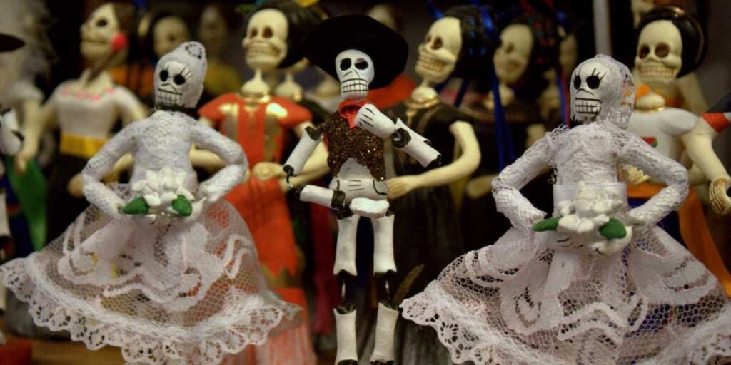 Alfeñique miniatures, Mexican day of the dead ofrenda, traditional day of the dead ofrenda, what goes on an ofrenda,